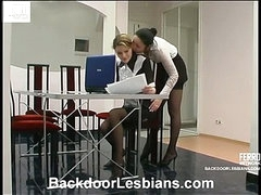 Rosa&Ninette awesome anal lesbian movie