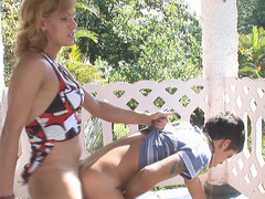 Adrielly&Lucas red sexy shemale movie scene