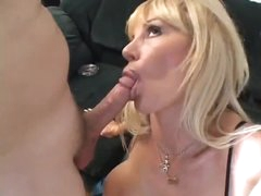 Licking milf box and fucking that pussy