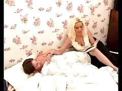 Hot mama pleases boy with fellatio