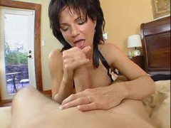 Deauxma takes a shower and sucks a cock
