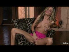 Hot pornstar Prinzzess masturbates in pink panties